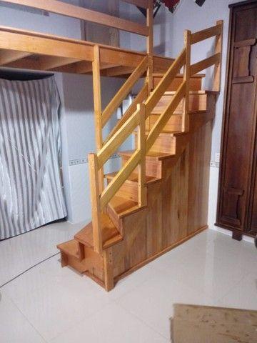 Escadas de madeira nobre  - Foto 4