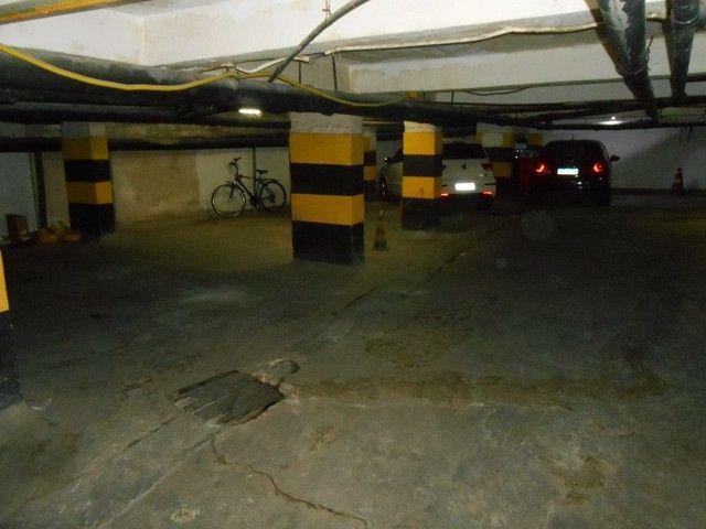 Alugo vagas de garagem no Centro - Foto 2