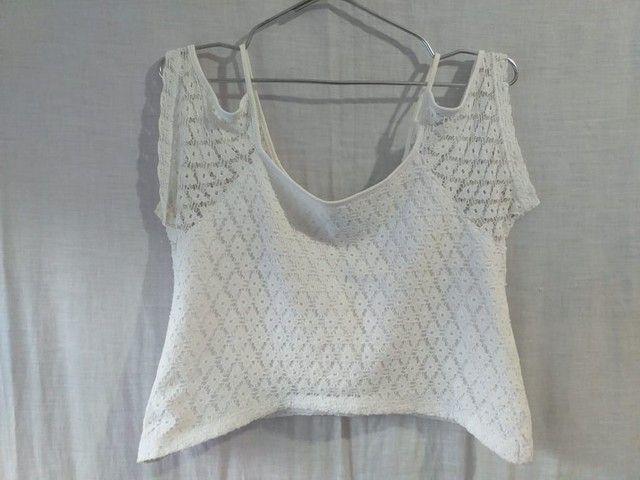 Blusa branca de renda  - Foto 2