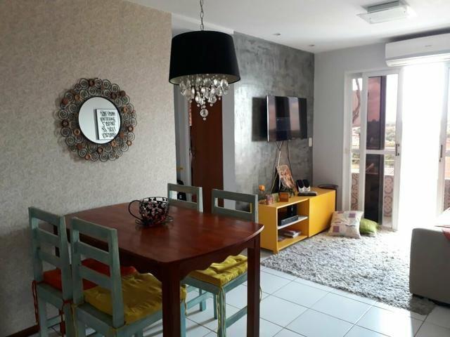 Apartamento mobiliado, 2 quartos, Cond. Parque da Cidade, financia