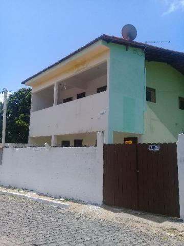 Casa em ponta negra proximo ao Supercop com garagem