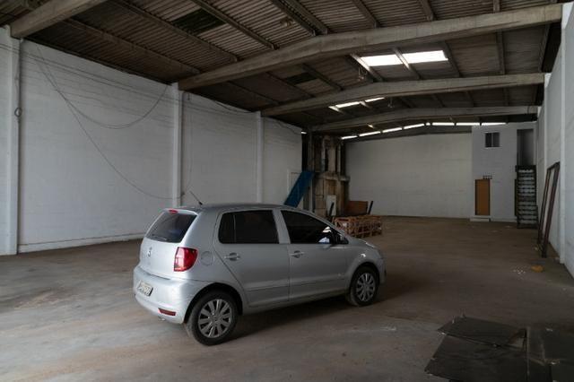 Galpão 300m² Localizado Entre Ceasa e BR-324 C/Possibilidade de Expansão - Foto 8