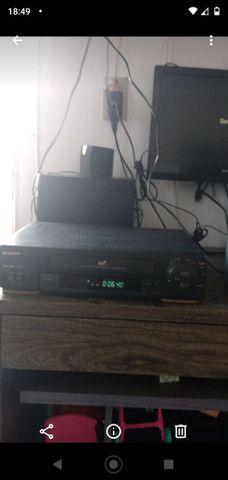 Vendo vídeo cassete