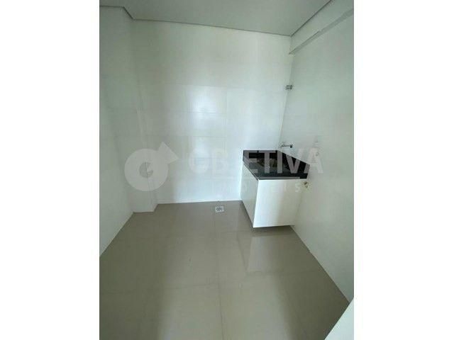 Apartamento para alugar com 3 dormitórios em Carajas, Uberlandia cod:470340 - Foto 4