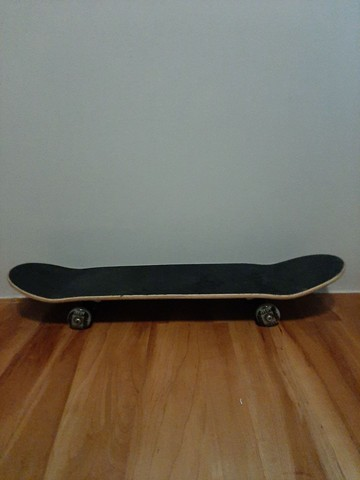 Skate Black Sheep abec-9 usado uma vez. - Foto 2