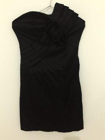 Vestido de festa (preto básico)