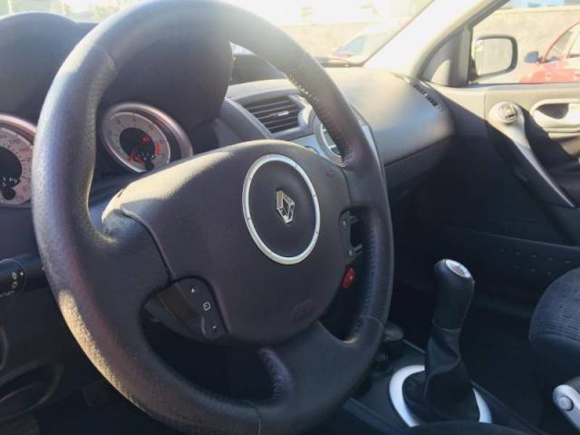 Renault Megane Grand Tour Dynam. Hi-Flex 1.6 12V - Foto 6