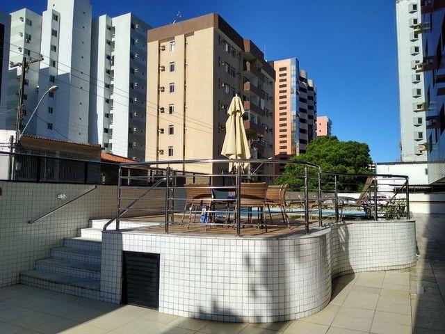 Apartamento 2 quartos mobiliado na Ponta Verde.