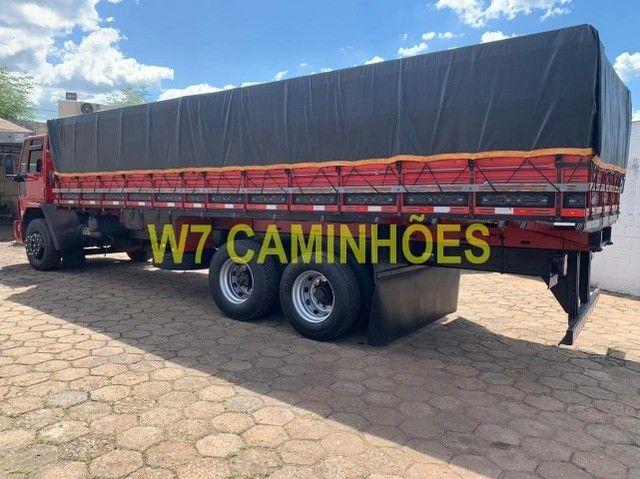 Cargo 2428 Truck Graneleiro 2010/2011 - Foto 4