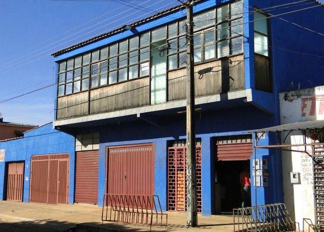 Vende-se sobrado posto ipê - Luziânia GO