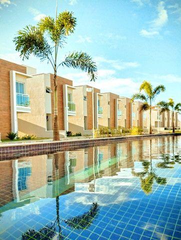 Casas Duplex com 3 quartos e lazer completo no Eusébio