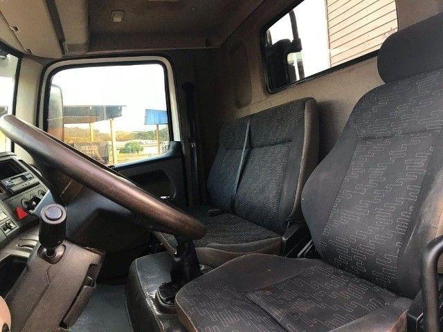 Caminhão 17.280 no baú - Foto 5