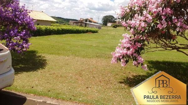 Terreno em condomínio no Terras de Canãa - Bairro Residencial Vila Romana em Londrina