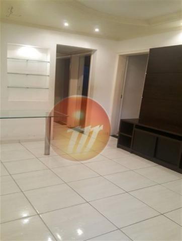 Apartamento no 2º andar com 47,58 m², tem 2/4 localizado no Barro Duro - Ref.: B1543