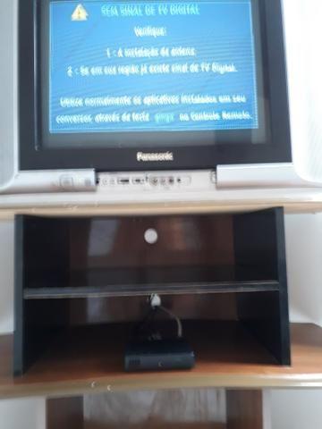 Tv Panasonic de 29, conversor digital, rack