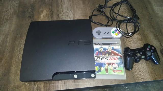 Playstation 3 slim desbloqueado com 2 controle e hd com jogos e vários emuladores