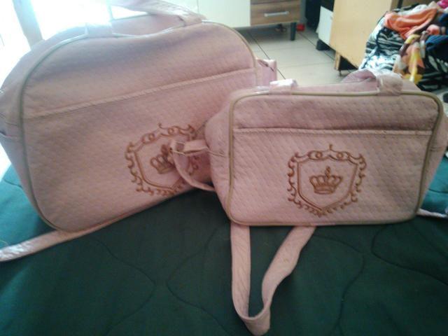 Bolsas e cobertas - Foto 3