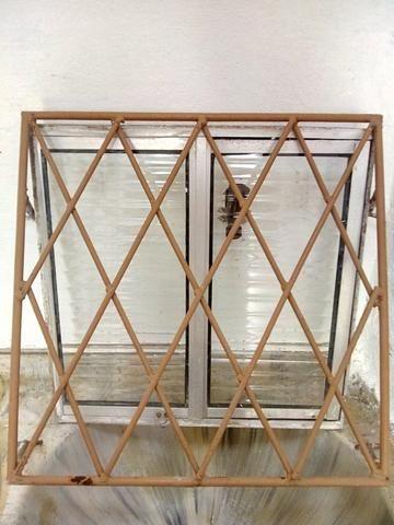 Janela de vidro + Gradeado