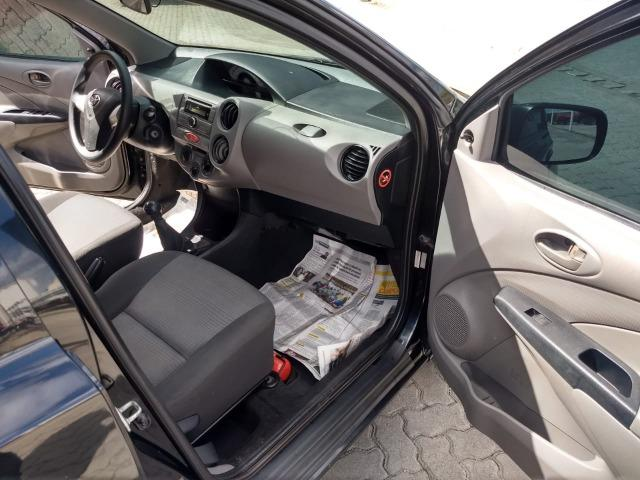 Toyota Etios 2013 - Foto 11