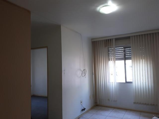 Apartamento de 2 dormitórios - Foto 4
