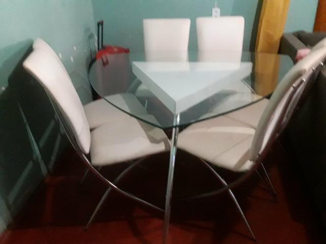 Mesa c/06 cadeiras