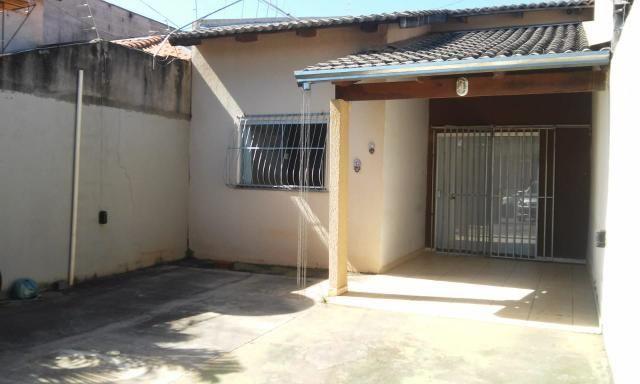 03 quartos com preço de 02 quartos - Na laje e com armários -