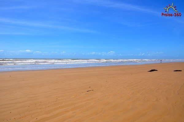 Venha Morar ao lado da Praia da costa 1 e 2/4 R$109.999,99 na Barra dos Coqueiros - Foto 2