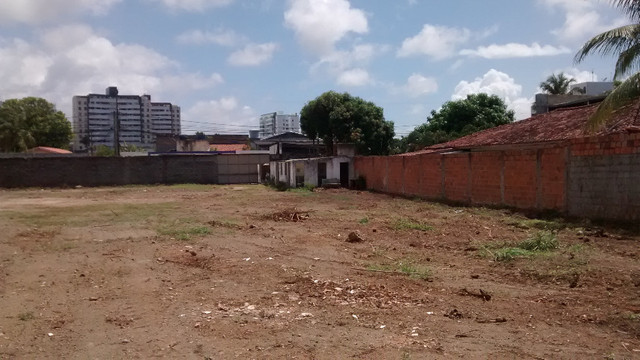 Terreno 2640 M2 em Lauro de Freitas escriturado registrado plano murado - Foto 20