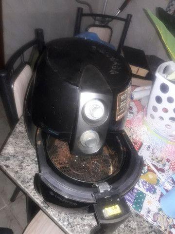 Vendo essa fritadeira eletrica - Foto 2