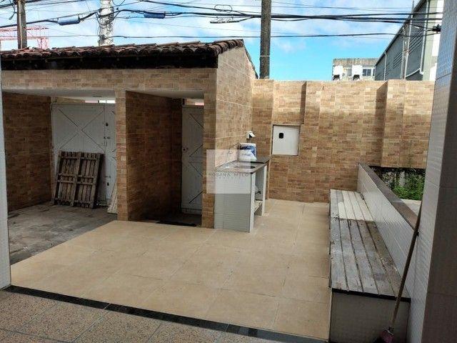 Casa em Piedade na avenida/ 5 quartos / 3 suítes/ 5 vagas/ ótima localização