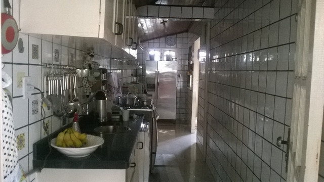 Vendo casa em Ananindeua com piscina e churrasqueira - Foto 13
