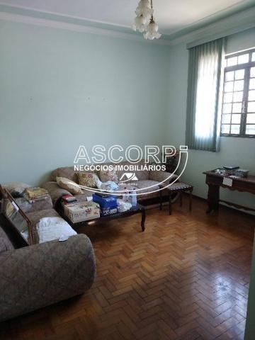Casa bem localizada com vocação comercial (Código CA00360) - Foto 2