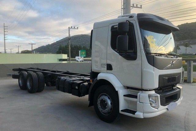 Caminhão Volvo (Parcelado)  - Foto 2