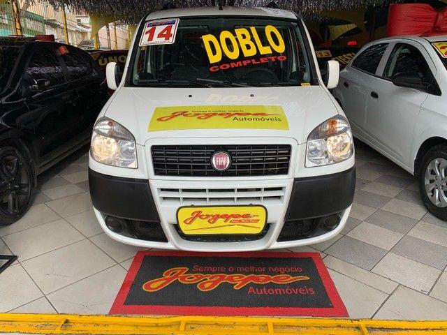 Fiat Doblò  Essence 1.8 16V (Flex) FLEX MANUAL - Foto 2
