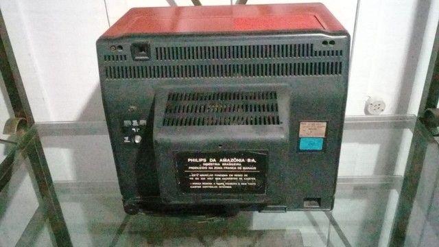 TV Antiga Retrô Vermelha Philips - Foto 3