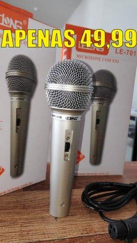 Microfone Profissional P10 com Esfera em Metal e Cabo 2.5 Metros