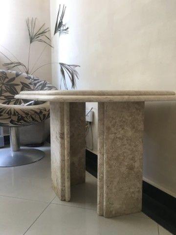 Linda mesa de canto em mármore - Foto 2