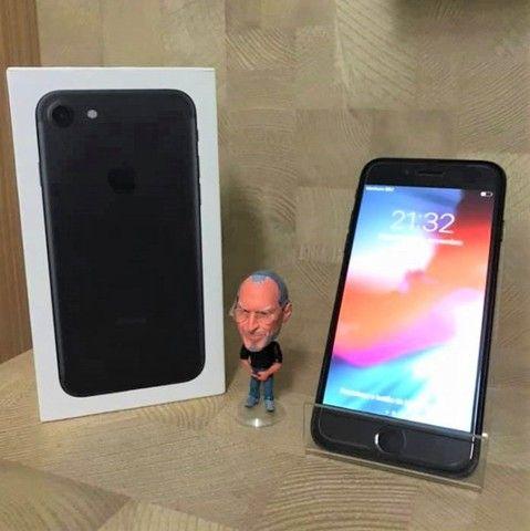 Imperdível!! Celular Apple iPhone 7 128GB Original Apple Vitrine Impecável Brindes  - Foto 3