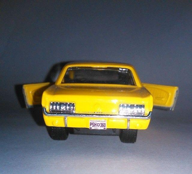 .'. Miniatura 64 Ford Mustang - Maisto Escala 1:39 - Foto 5