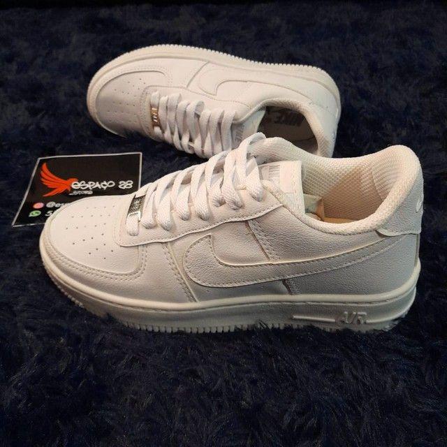 Tênis Nike Air force AF1 branco o mais top! - Foto 4