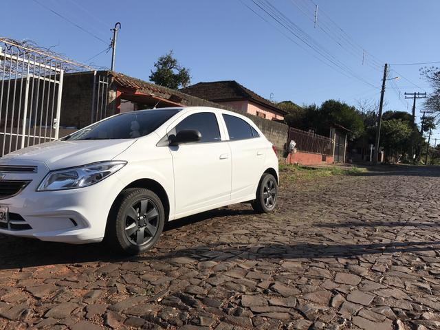 ONIX LT 2015 completo c/ Mylink