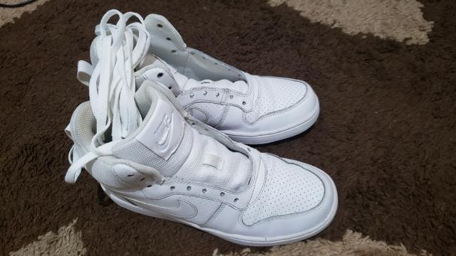 c03fb3a3c049b Tênis Nike Cano Alto Court Borough Mid - Infantil n 36 - Artigos ...