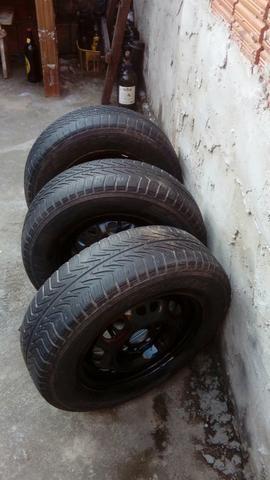 4 pneus completos