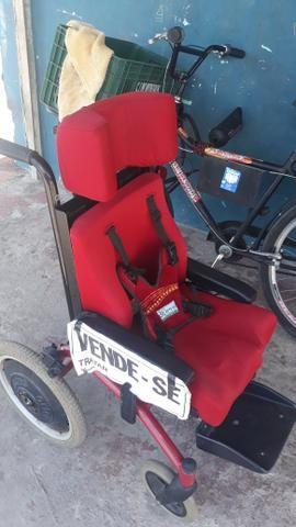 Cadeira de rodas - Foto 6