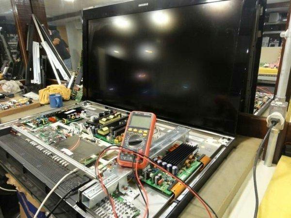Sua tv estragou e so me ligar consertos em domicilio - Foto 2