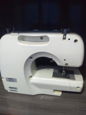 Vende-se maquina de costura - Foto 3