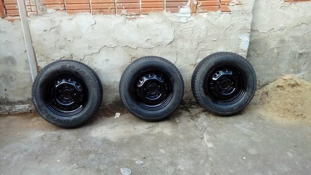 4 pneus completos - Foto 4
