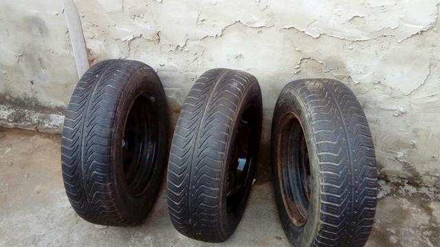 4 pneus completos - Foto 2