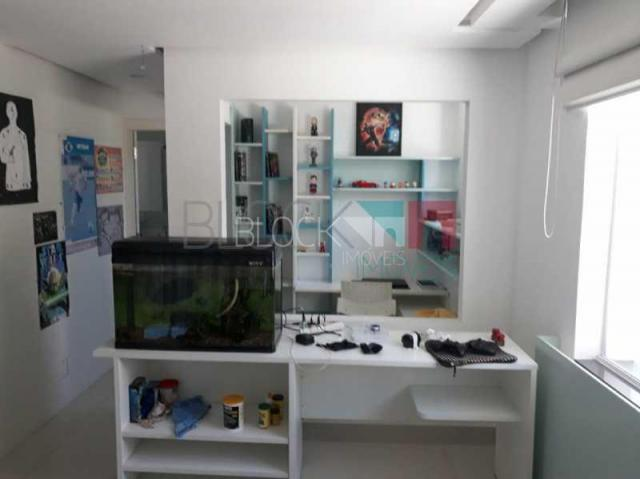 Casa à venda com 5 dormitórios em Barra da tijuca, Rio de janeiro cod:RCCN50077 - Foto 18