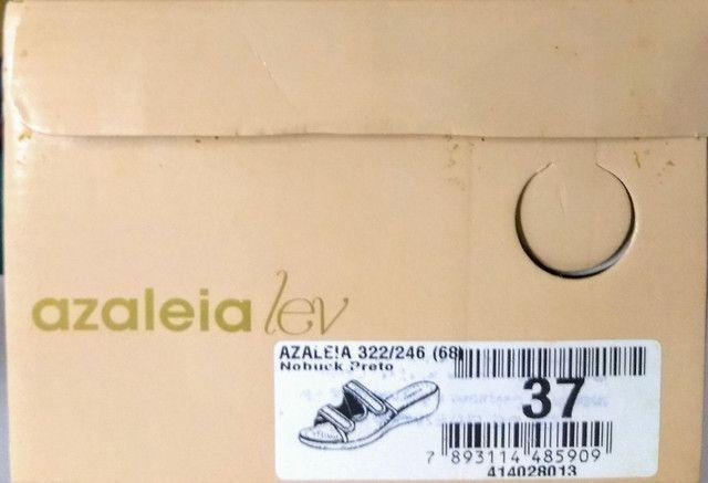 Tamanco Azaleia Lev Ajustável Preto c/ Velcro - Foto 2